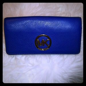 Michael Kors Fulton Leather Carryall Wallet